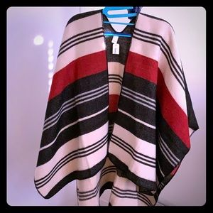 Sweaters - BRAND NEW Patterned Shrug (new w/tags)